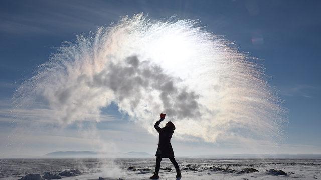 Boiling water challenge sends somewhere around 8 individuals to hospital amid polar vortex