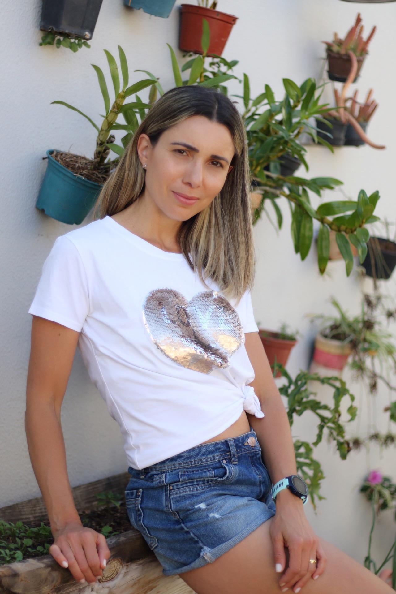 Digital influencer, Kerllen Bittencourt Rego, is the finalist of the World Bloggers Awards