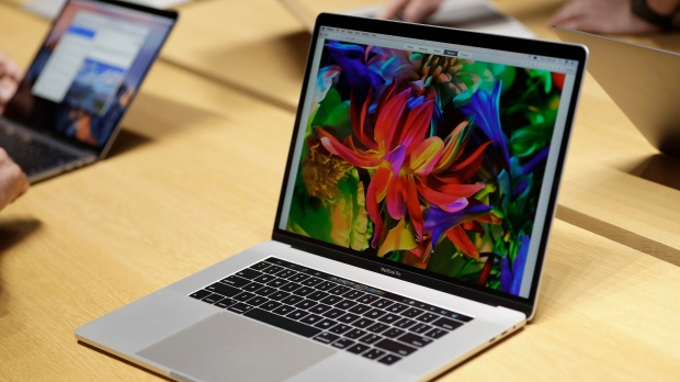 Apple reviews 15-inch MacBook Pro because of fire hazard