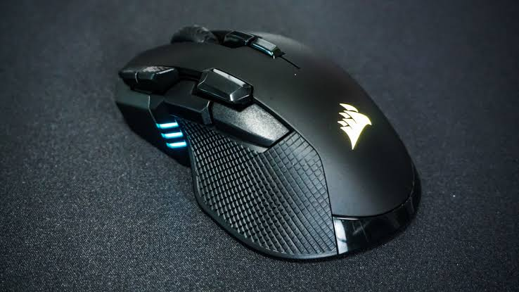 Agile Corsair Gaming Mouse With An 18,000 DPI