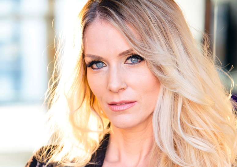 She's the boss! Why celebrity entrepreneur & beauty expert J. Nicole Baca is one to watch