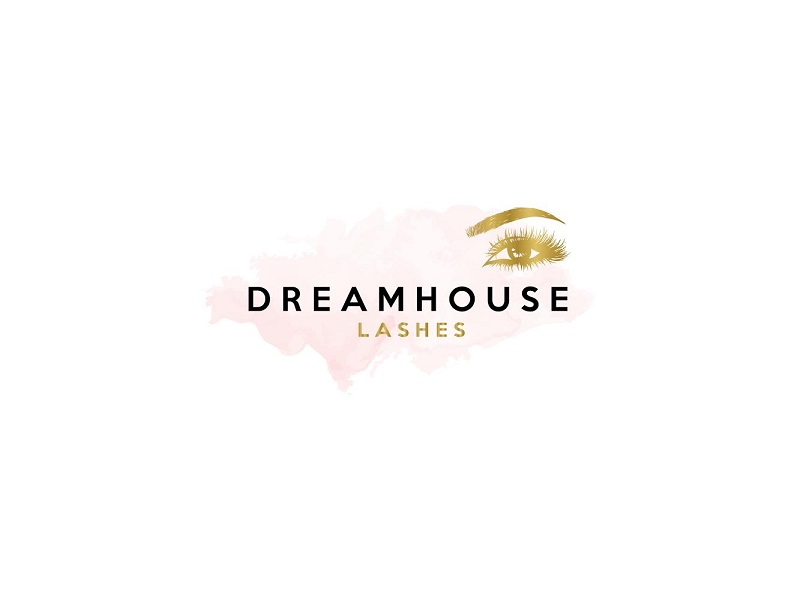 WOW — Katie London Is Now the Face of Dream House Lashes!