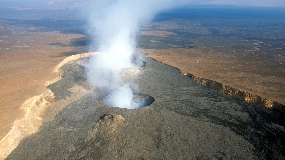 possibly dynamic volcanoes discovered on Venus, opposing hypothesis of lethargic planet