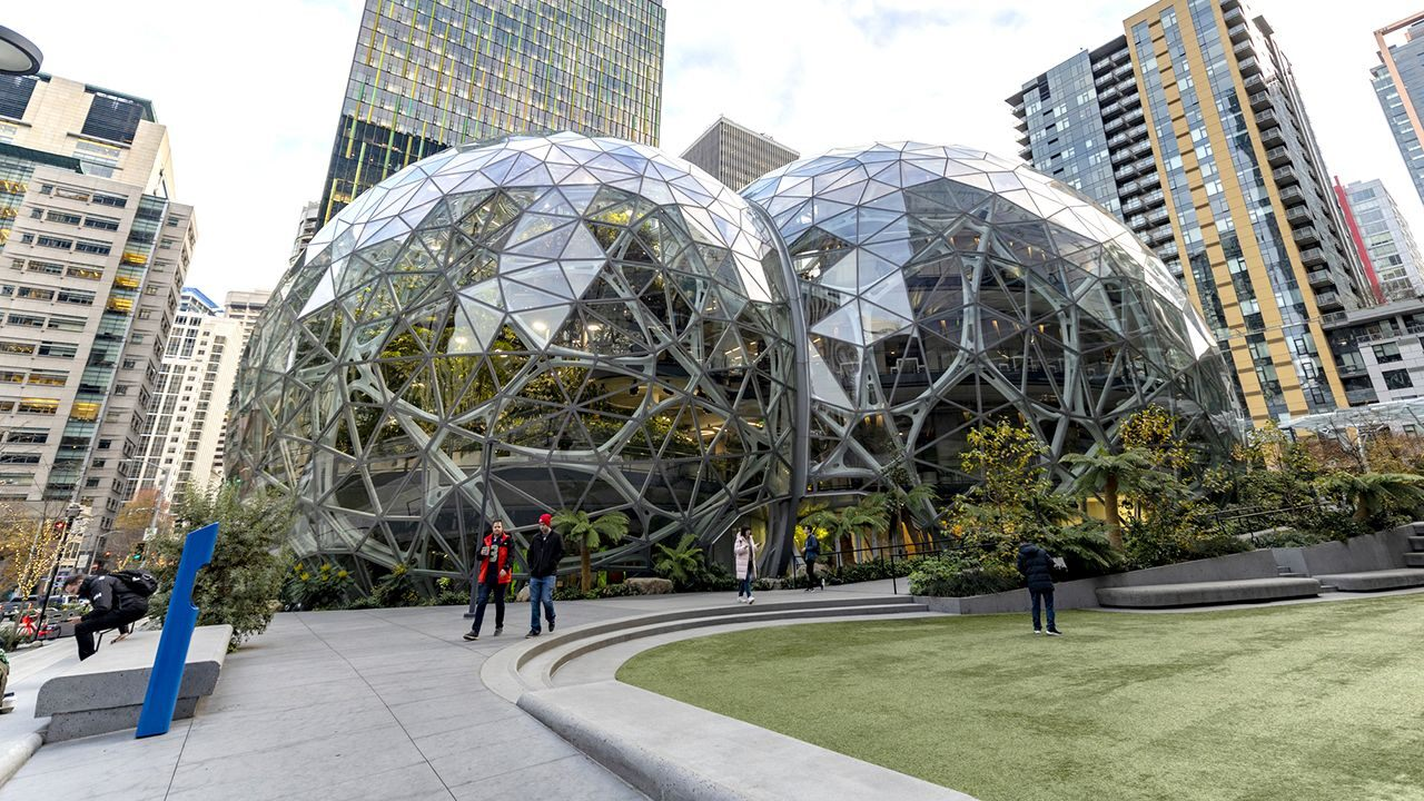 Amazon met with new companies about contributing, then propelled contending items